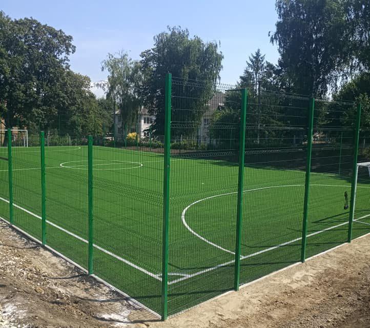 Роботи з побудови спортивного поля на території ЗОШ №2 практично завершені!